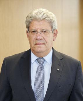 Yiangos L. Hadjiyiangou
